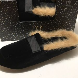 New$29 inc women slippers XL Black